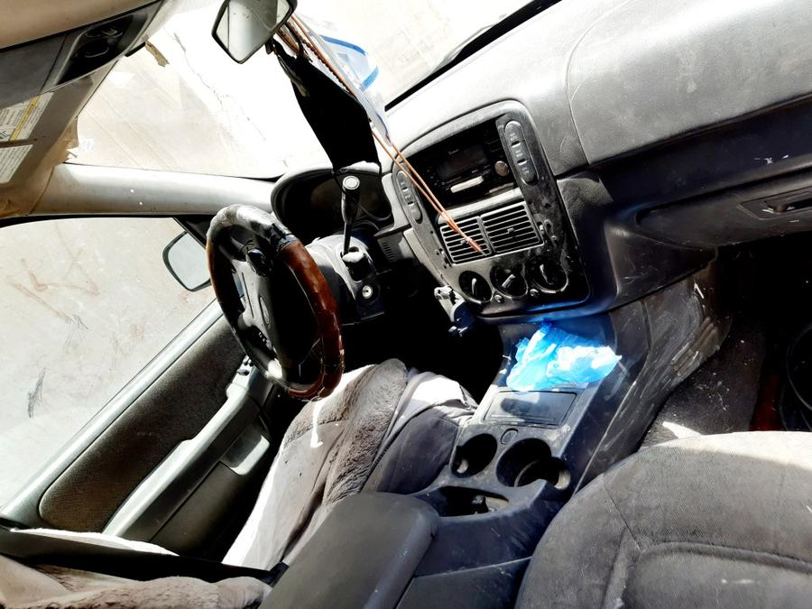 سياره للبيع فورد اكسبلورر 2005